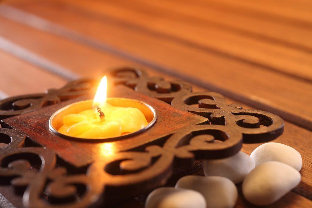 Teelichthalter-discpicture-shutterstock.com