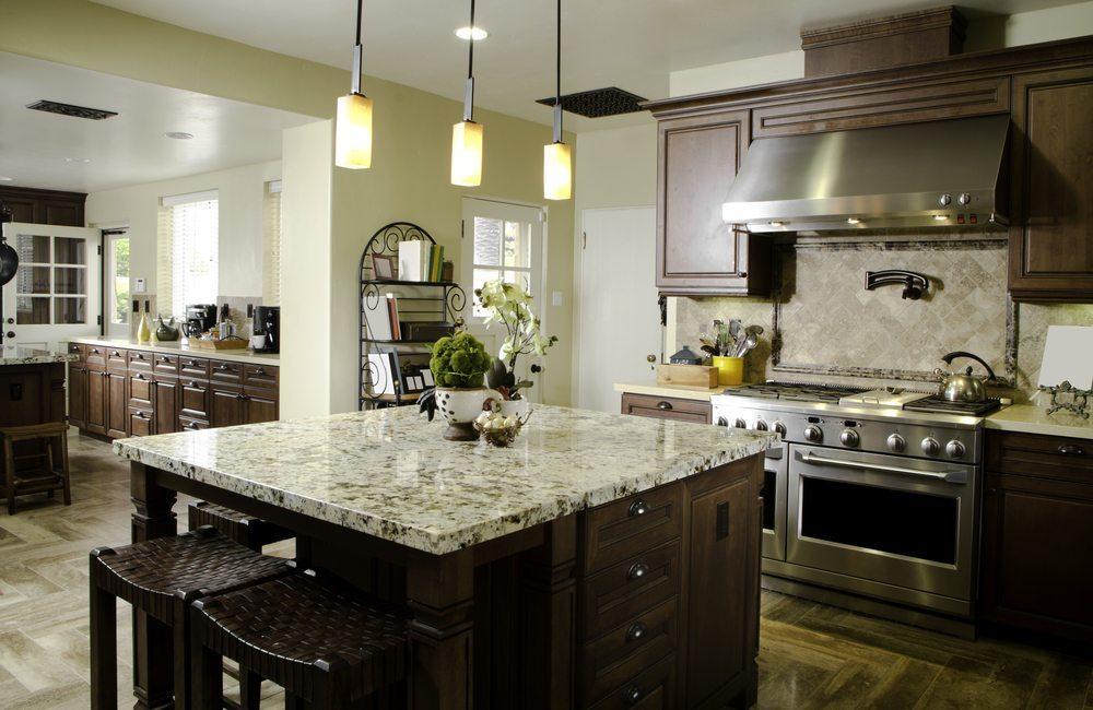 In der Küche kommt es ebenfalls auf eine gute Erreichbarkeit der Möbel an. (Bild: ShortPhotos / Shutterstock.com)