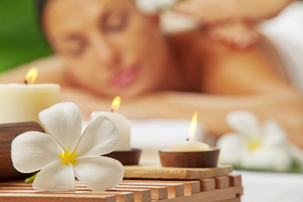 Details entscheiden massgeblich über die Wirkung des Badezimmers. (Bild: Ersler Dmitry / Shutterstock.com)