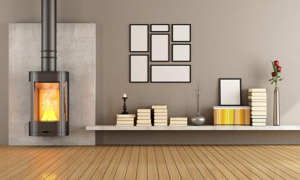 Mit Kaminöfen Hitze kompensieren. (Bild: archideaphoto / Shutterstock.com)