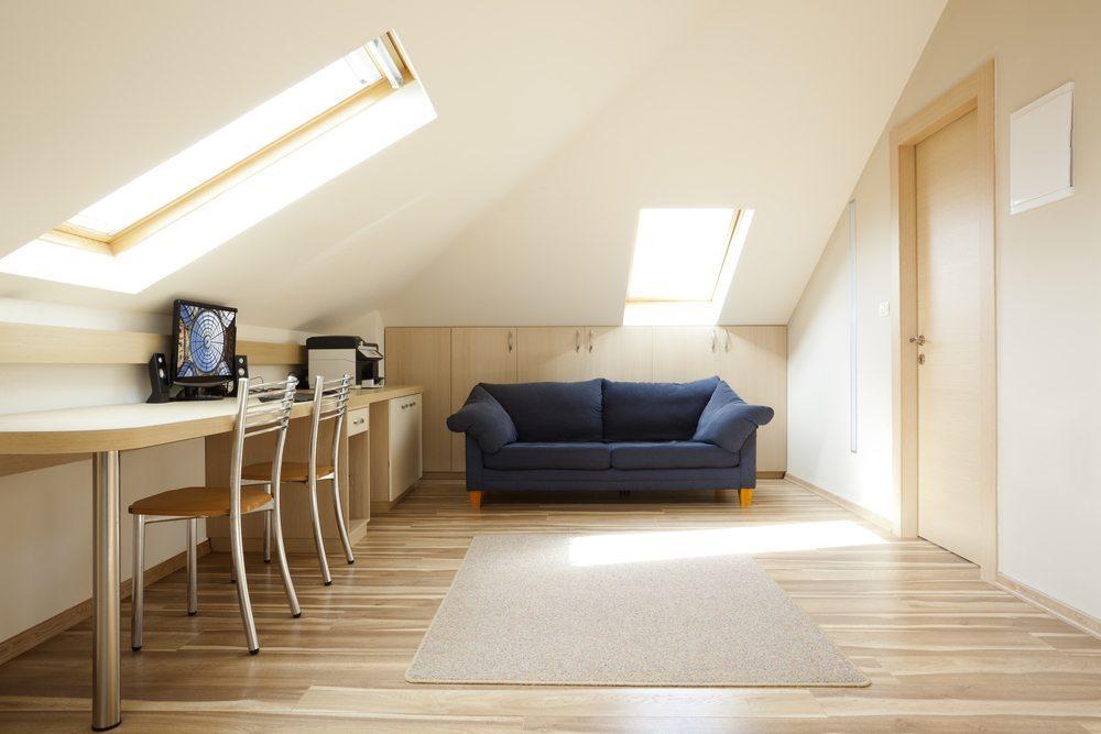 Helle Farben erweitern den Raum. (Bild: Dmitry Pistrov / Shutterstock.com)