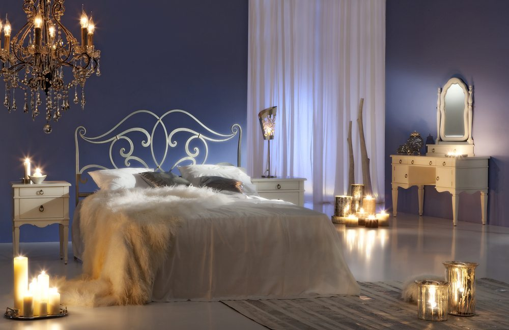 Schlafzimmerromantik. (Bild: zzz / Shutterstock.com)