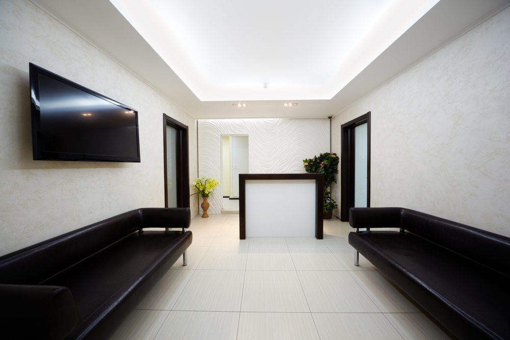Sofa im Office. (Bild: Pavel L Photo and Video / Shutterstock.com)