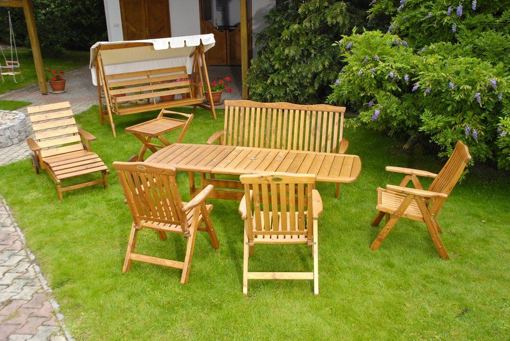 GartenmObel Holz Winter Drausen ~   wird – Gartenmöbel aus Holz winterfest machen › moebeltipps ch