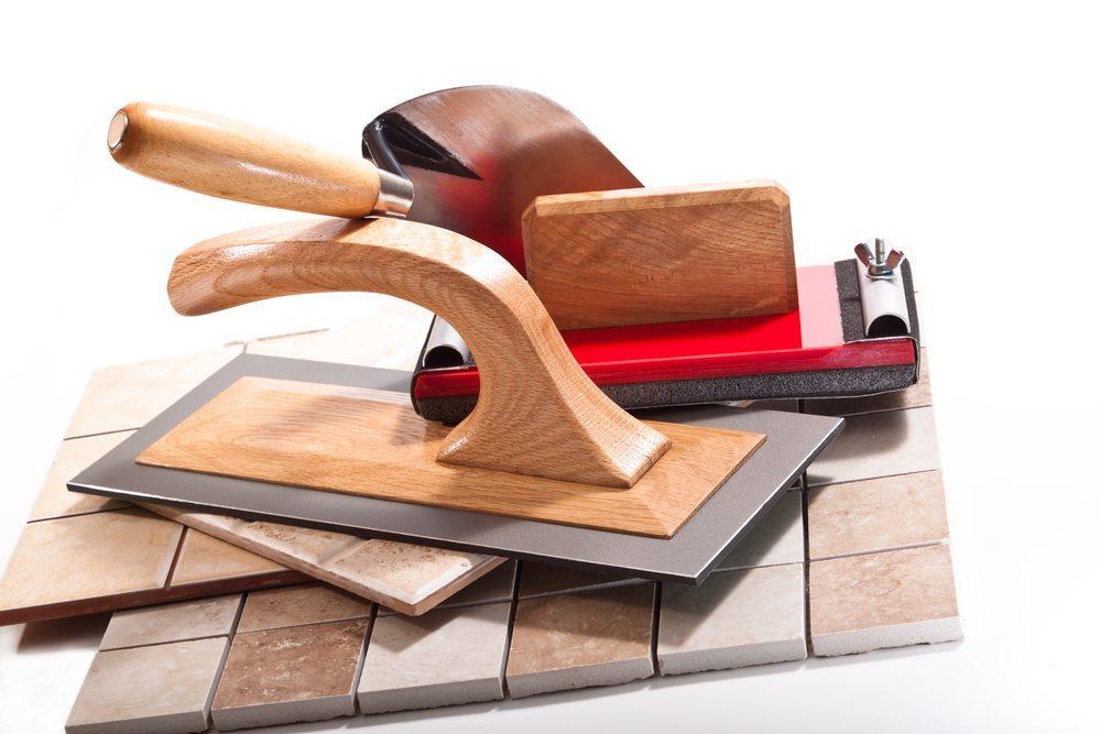 Es ist wichtig, alle nötigen Vorbereitungen zu treffen, bevor man mit den Bauarbeiten beginnt. (Bild: -Taurus- / Shutterstock.com)