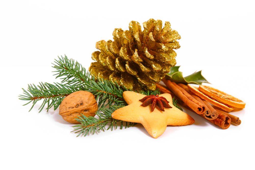 Der Trend bei der Dekoration für Weihnachten geht zum Naturmaterial und zu Mixed Media. (Bild: Swetlana Wall / Shutterstock.com)