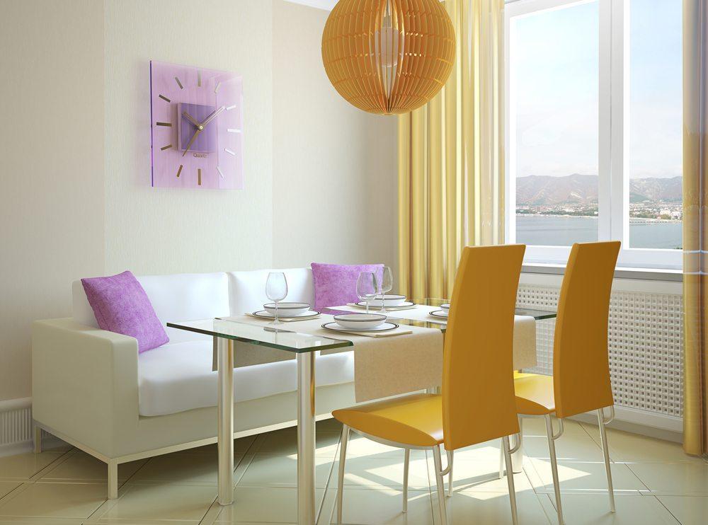 Oft sind es Kleinigkeiten, die beachtet werden sollten, damit die Wohnung gastfreundlich wird und Besucher gerne wiederkommen. (Bild: Tr1sha / Shutterstock.com)