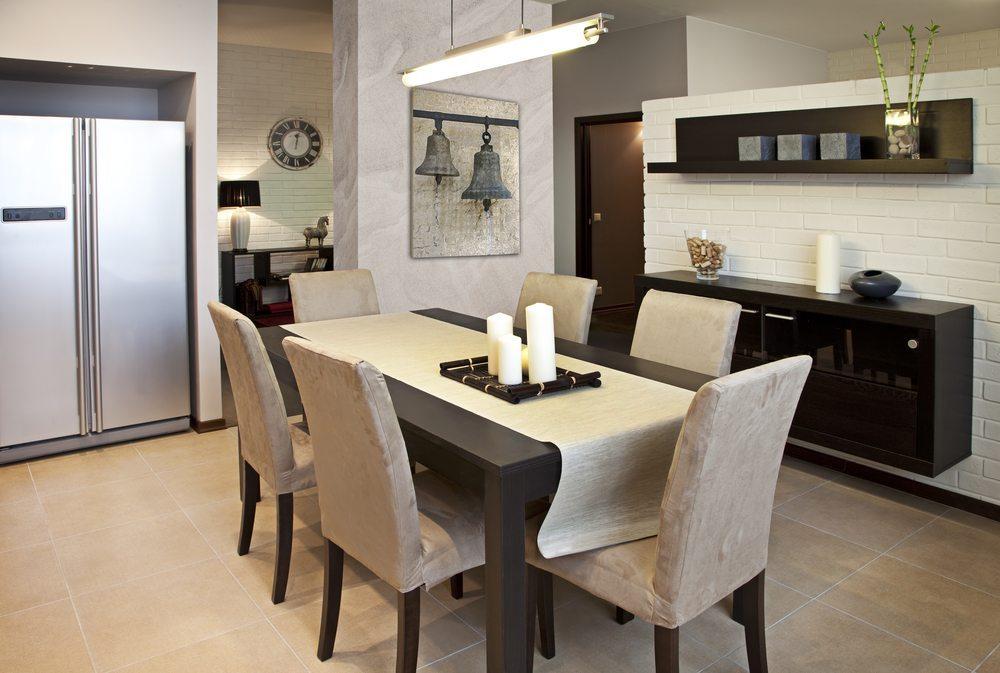Ein Esszimmer ist mehr als Tisch und Stuhl (Bild: © Kuznetsov Alexey - shutterstock.com)