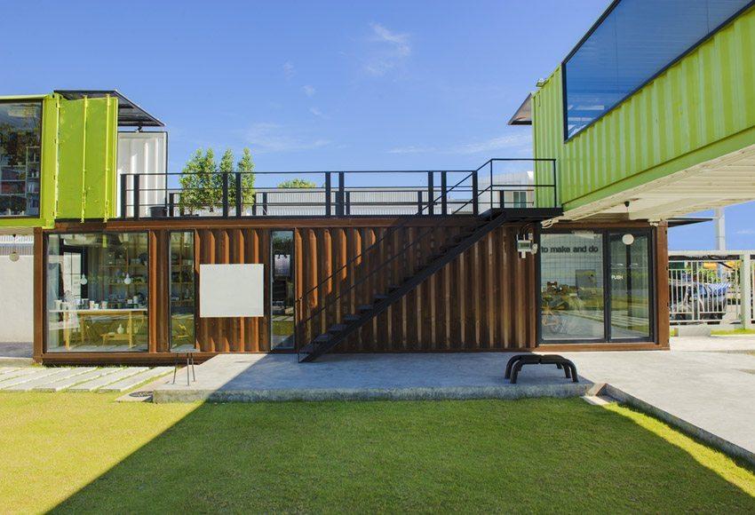 Wohncontainer: Attraktive Gestaltungen als Lounge sind möglich. (Bild: Brostock / Shutterstock.com)
