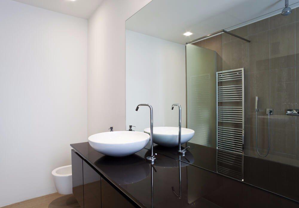 Badezimmermöbel in Hochglanz – eine gute Wahl? › moebeltipps.ch