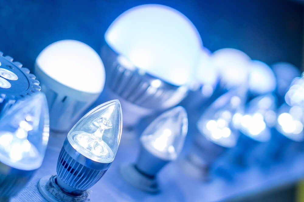 Heute stehen LEDs in allen Bauformen zur Verfügung. (Bild: © DK.samco - shutterstock.com)
