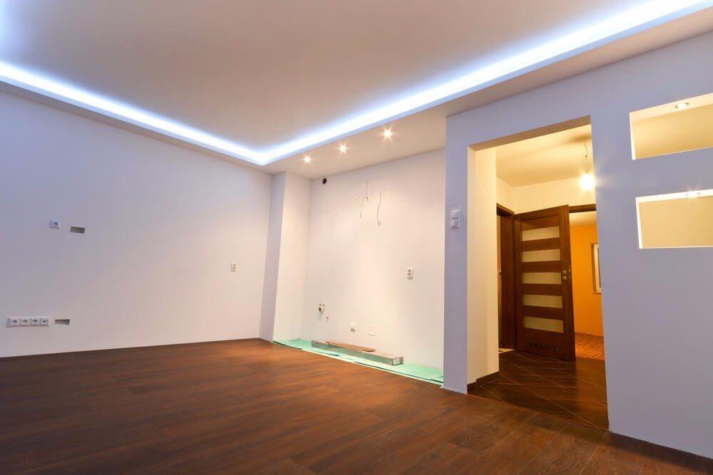 LED's haben eine deutlich geringere Wärmeproduktion, wodurch sich diese Leuchtmittel besonders gut für kreative Lichtinstallationen aller Art eignen. (Bild: © Patryk Kosmider - shutterstock.com)