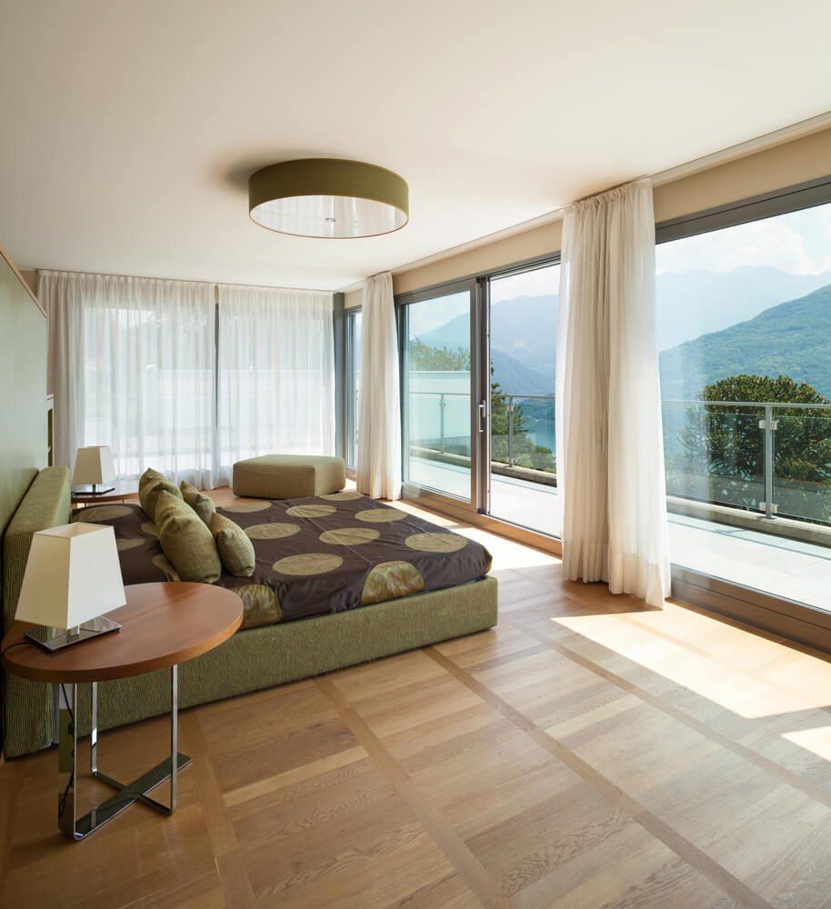 Offene statt abgetrennte Schlafbereiche - ein neuer Wohntrend. (Bild: © photobank.ch - shutterstock.com)