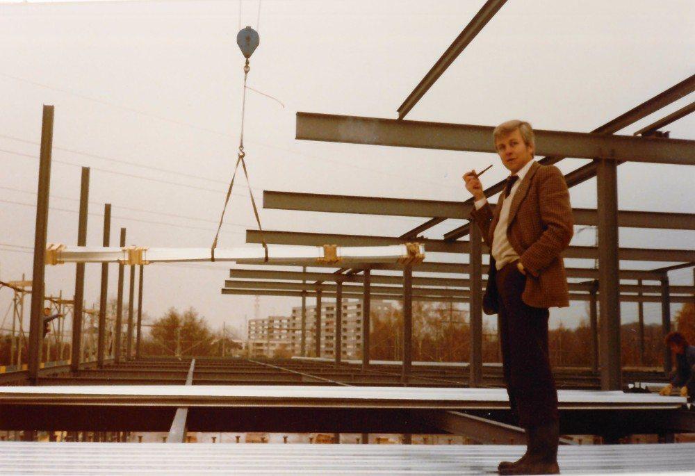 Marius Schubiger beim Bau Filiale Ueberlanstrasse.