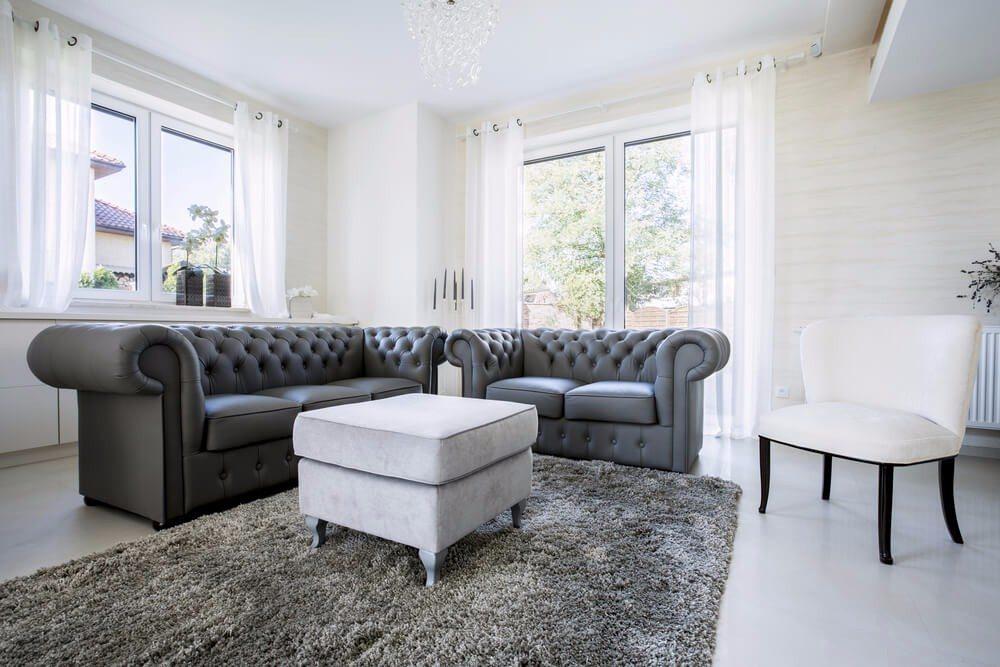 In der Regel bietet sich ein Mix aus modernen Möbelstücken und Vintage-Möbeln auf ideale Weise an. (Bild: © Photographee.eu - shutterstock.com)