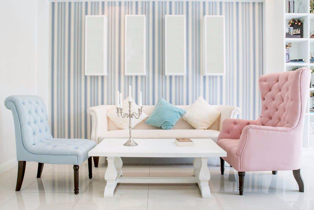 Der Rest des Raumes sollte eher ruhig und aufgeräumt gestaltet sein. (Bild: © Prasit Rodphan - shutterstock.com)