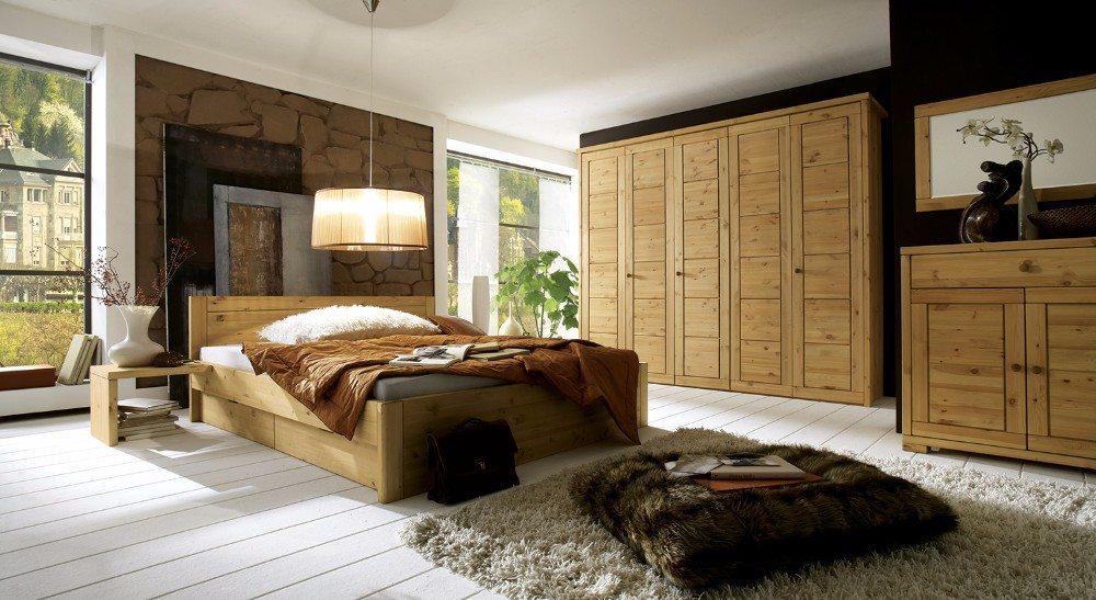 Ein erholsamer und gesunder Schlaf hängt von allerlei Faktoren ab, auch von Massivholzmöbeln. (Bild: © allnatura.ch)