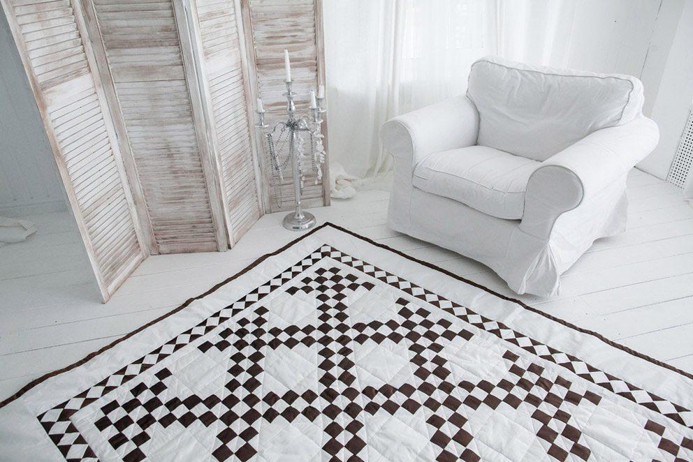 Über die letzten Jahre nehmen die Quilts den Wohnbereich immer stärker ein. (Bild: melnikof – Shutterstock.com)