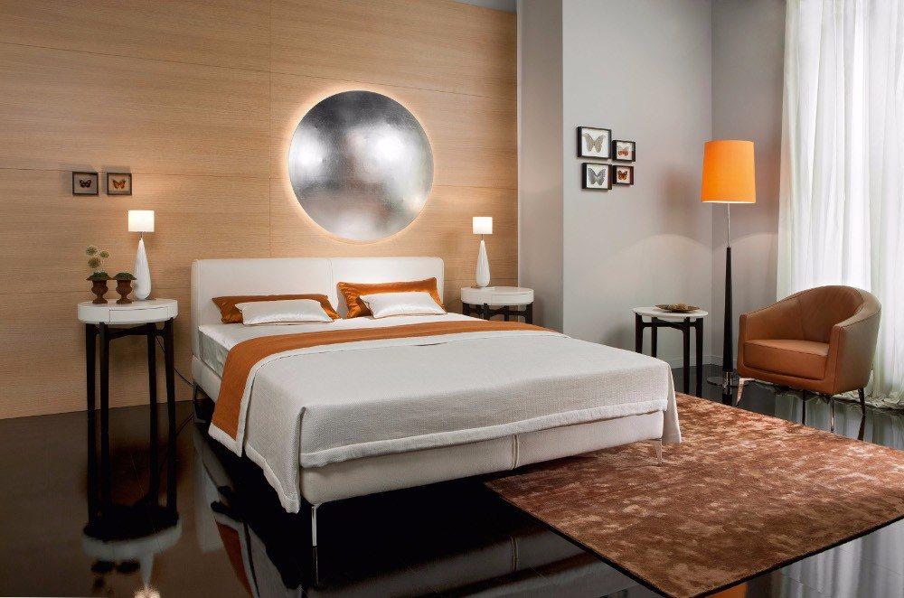 Auch Massivholz ist im Schlafzimmer ein beliebtes Material. (Bild: © VDM/In Casa)