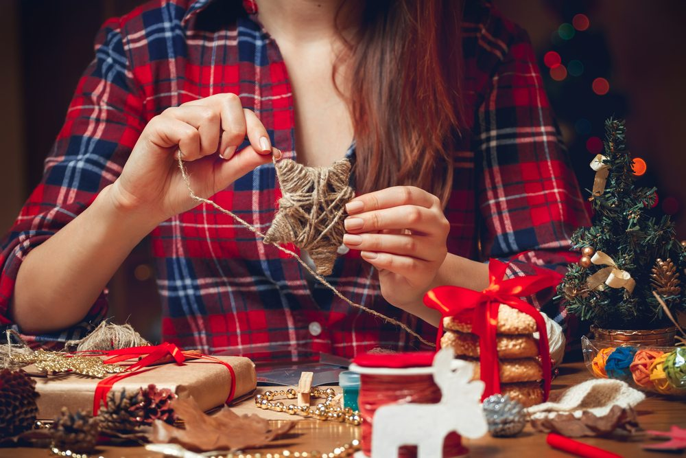 Weihnachten ist für viele Menschen die schönste Zeit im Jahr. (Bild: Perfectlab – Shutterstock.com)