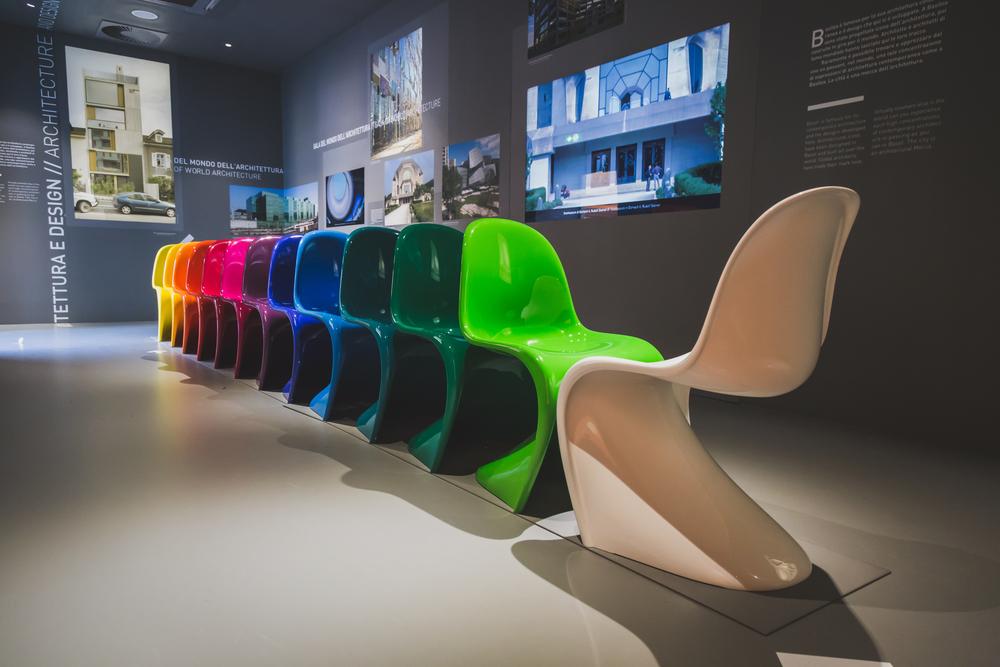 Schön bunt - Panton Chairs (Bild: Tinxi - shutterstock.com)