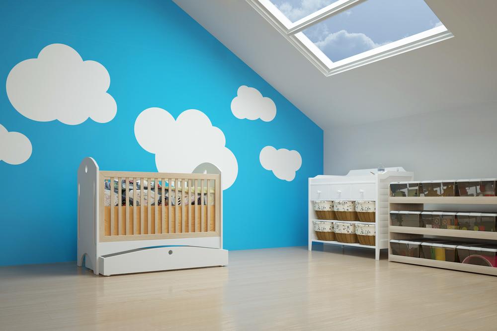 Farben fürs Kinderzimmer mit Bedacht wählen (Bild: Robert Kneschke - shutterstock.com)