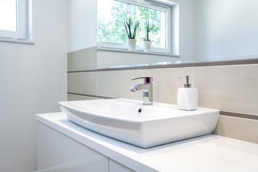 Das Waschbecken ist ein zentraler Punkt im Badezimmer (Bild: © Photographee.eu - shutterstock.com)