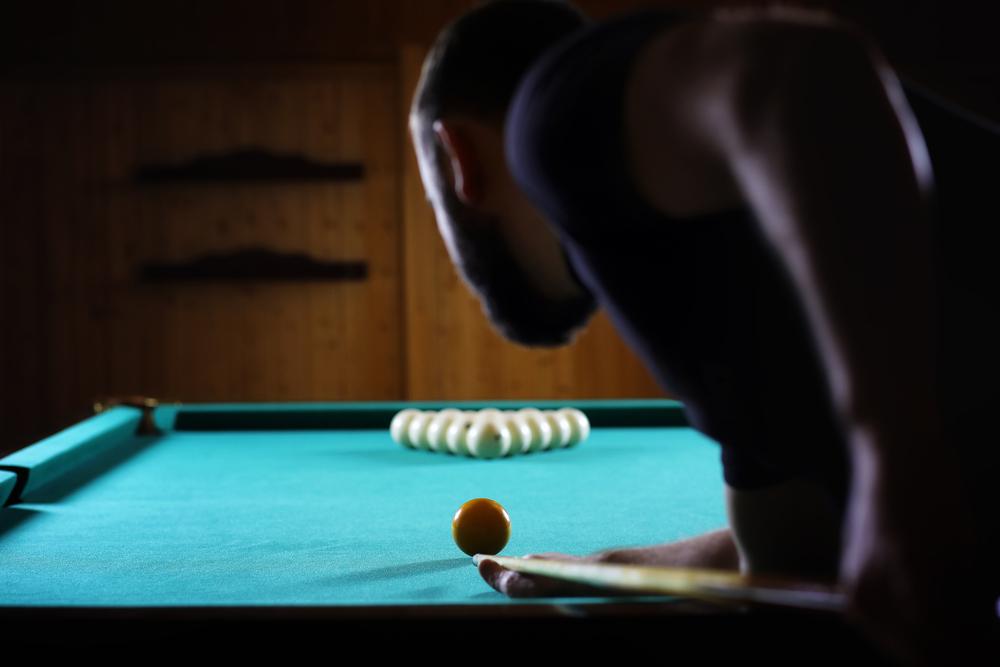 Ein Gaming-Zimmer lässt Männerherzen höher schlagen. (Bild: alexkich – shutterstock.com)