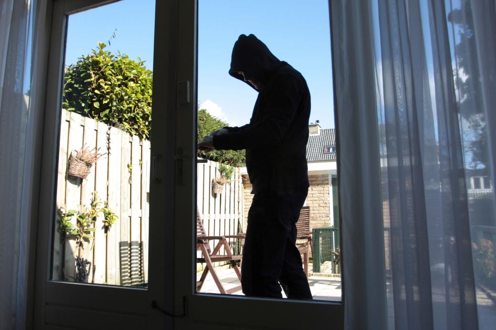 Mehr Sicherheit vor Einbrechern (Bild: Nancy Beijersbergen - shutterstock.com)